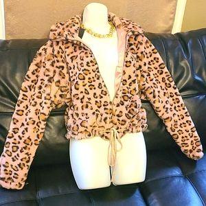 Jackets & Blazers - NWT Leopard Cropped Jacket Size XL